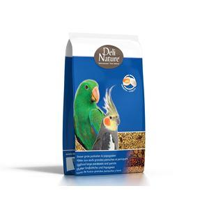 Deli Nature Eggfood Large Parakeets and Parrots Moist